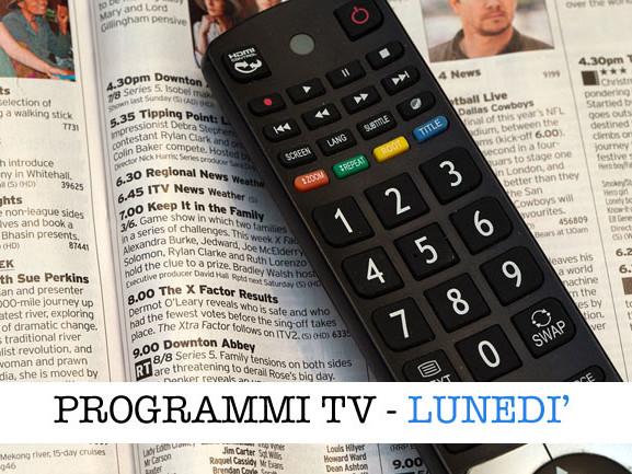 I programmi in tv oggi, 3 maggio 2021: film e l'Isola dei famosi
