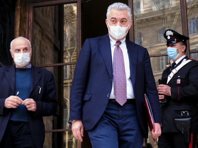 Disastro di Arcuri: mascherine nocive. Distribuiti in Italia 250 milioni di pezzi