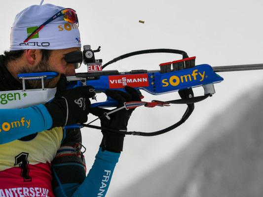 La bandiera francese non poteva che portarla lui,MartinFourcade, mito del biathlon