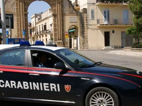 Castelvetrano, minaccia il fratello con un fucile: arrestato
