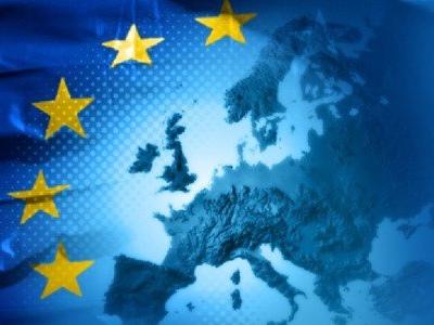 Istruzione, in Senato primo sì all'insegnamento di Costituzione e cittadinanza europea nelle scuole dell'obbligo