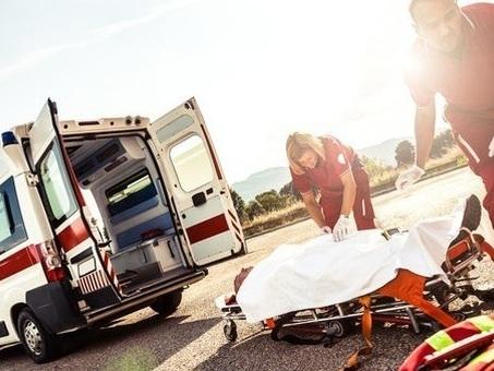 «Mamma mi sta avvelenando», figlio 22enne le spara un colpo in testa