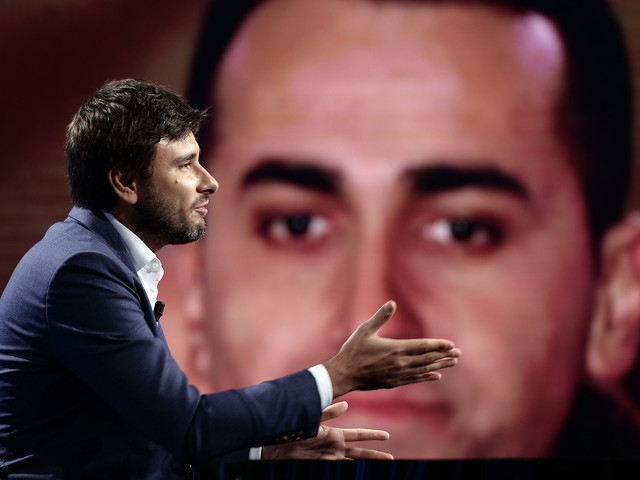 """Di Battista agita il M5s e spacca il Movimento: """"A che titolo parla?"""""""