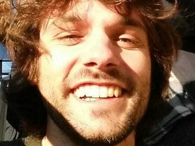 """""""Lo abbiamo trovato, è lui"""". Giacomo Sartori, tramontano le ultime speranze: il corpo trovato nel bosco"""