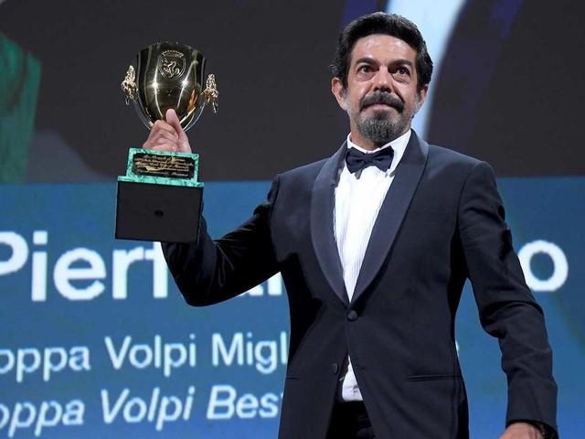 Mostra del Cinema di Venezia, vince Nomadland. A Pierfrancesco Favino la Coppa Volpi come miglior attore