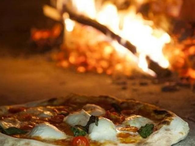 """""""E' un mondo difficile"""", i ristoranti di Forlì si adeguano al mini lockdown: """"Lottiamo con tutte le nostre forze"""""""