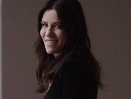 La recensione di Viva Da Morire di Paola Turci, un manifesto della resilienza scritto con eleganza