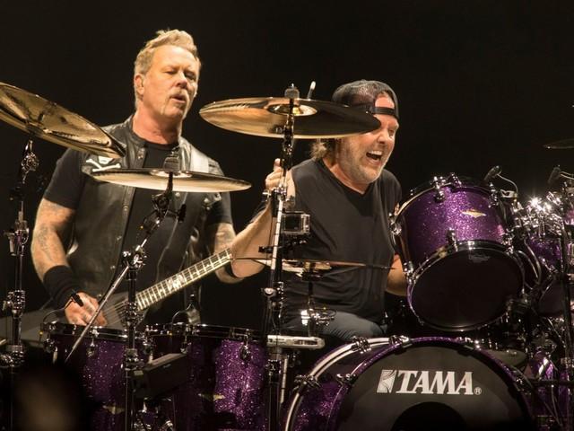 """Metallica: un concerto con l'orchestra per festeggiare i 20 anni da """"S&M"""""""