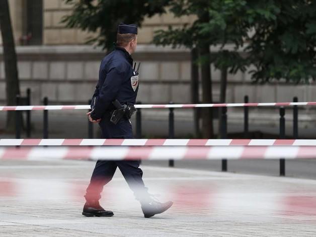 Francia: uomo asserragliato in museo a Saint-Raphael, nel sud della Francia, arrestato