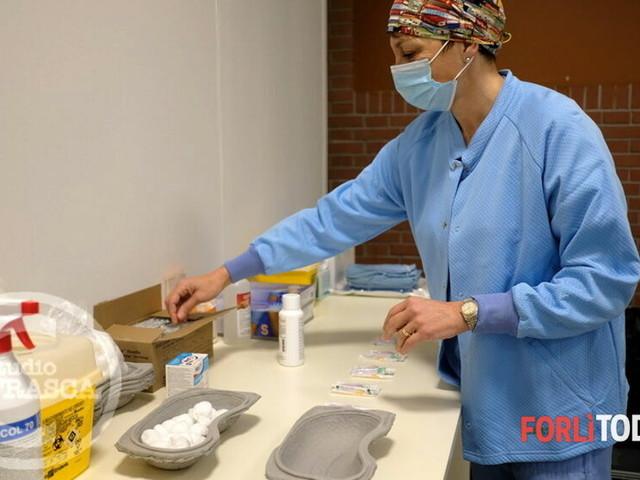 Al via le vaccinazioni del personale scolastico a Forlimpopoli