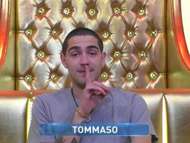 Tommaso Zorzi fa 'flop' su Italia 1: il debutto de 'Il punto Z' si ferma al 2,50% di share