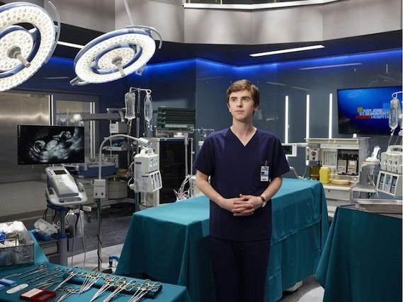 Intrecci sentimentali e medical drama: su Rai2 torna The Good Doctor