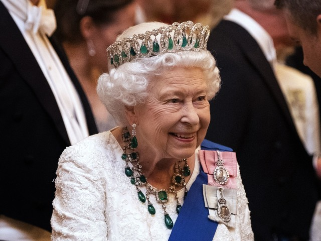 La regina Elisabetta sta attraversando un momento difficile
