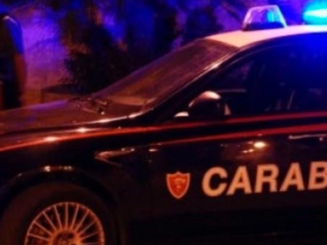 Botte e minacce per sfrattare una famiglia, due arresti a Palermo