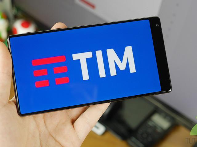 TIM offre minuti illimitati e 8 GB di Internet a 7 euro agli ex clienti ora in Wind