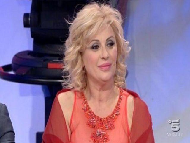 """Tina Cipollari, le foto dopo l'aumento di peso (84 kg): """"Taglia XL, minimo"""""""
