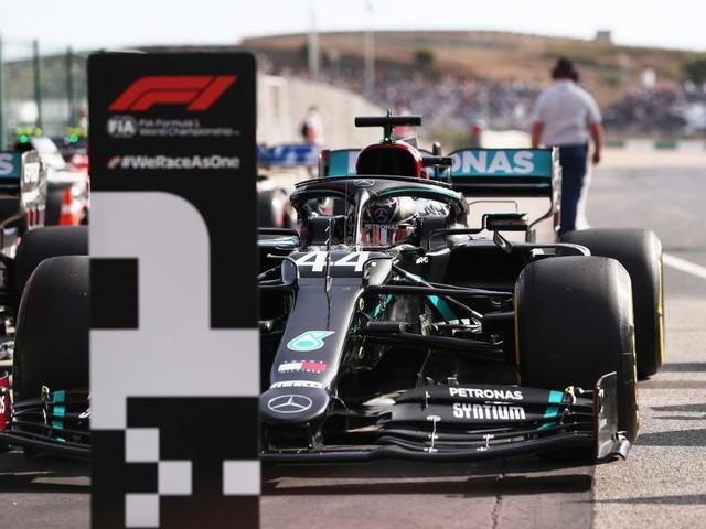 Formula 1: nel GP del Portogallo Hamilton stravince e umilia Bottas
