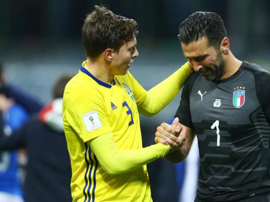 La rimonta azzurra non c'è, il catenaccio svedese elimina un'Italia solo cuore. La cronaca via Twitter