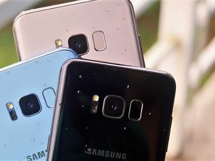 Fino al 26 Novembre, chi acqusta un Samsung Galaxy S8, S8 Plus o Note 8 da Vodafone avrà in regalo un Galaxy A3 2017