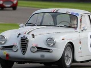 Alfa Romeo: storiche in mostra in Piazza Portello