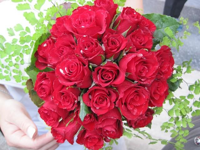 Come scegliere un bouquet sposa alcune regole e consigli