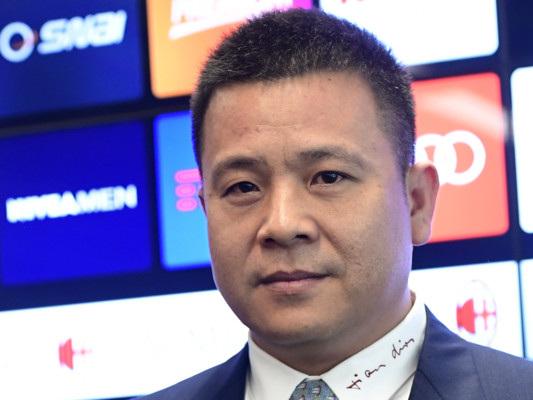 Da Pechino due notizie che non piaceranno a LiYonghong, patron del Milan