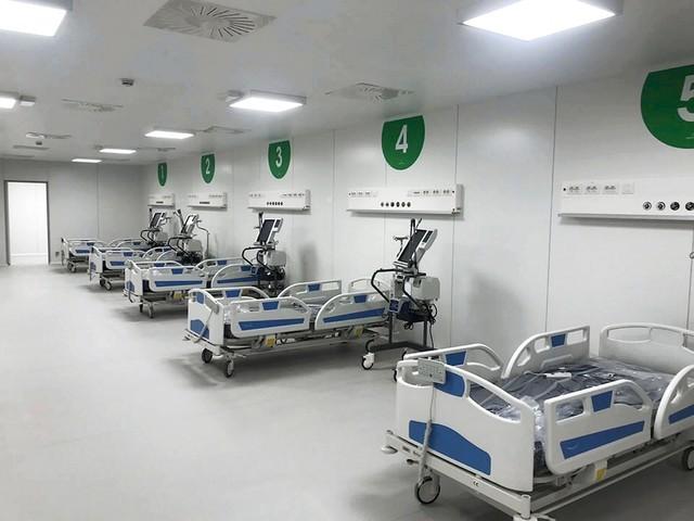 L'ospedale in Fiera riapre i battenti: i primi tre pazienti ricoverati nell'hub