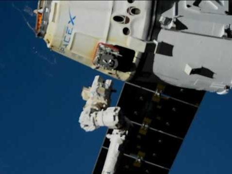 Il cargo spaziale SpaceX Dragon ha terminato la sua missione CRS-19 tornando sulla Terra
