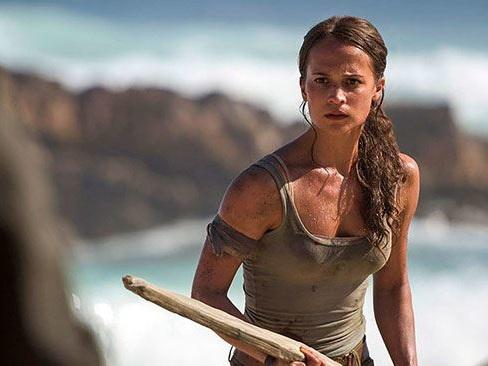Tomb Raider, il film con Alicia Vikander avrà un sequel: scelto lo sceneggiatore - Notizia