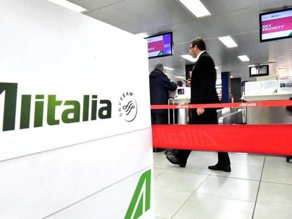 Alitalia, i nodi della trattativa. Si va a una proroga del termine per l'offerta