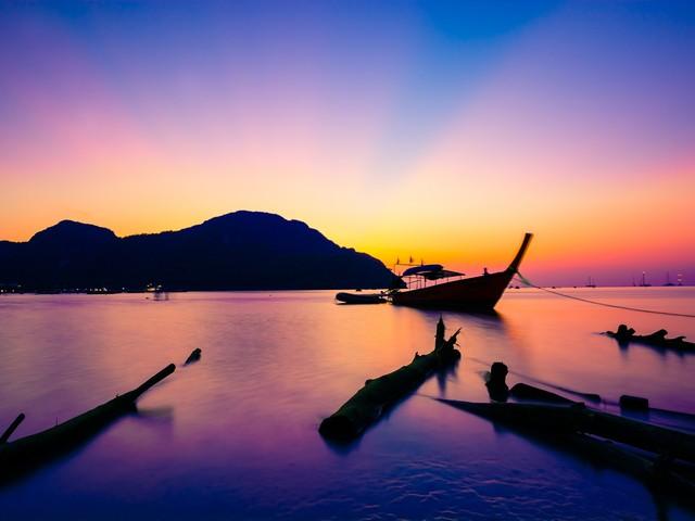 Thailandia di lusso: 7 notti a Phuket in eccellente Resort 4* e volo a/r da 547€!