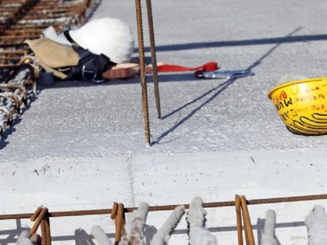 Incidenti sul lavoro, muore operaio di 56 anni caduto da una scala