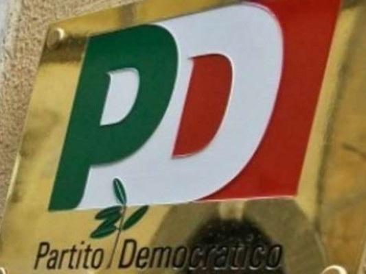 Il simbolo del Pd potrebbe sparire dalle schede per le Europee
