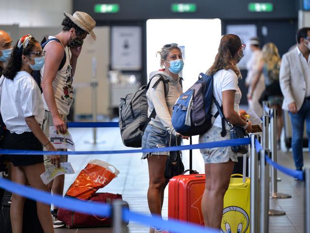 Covid e viaggi, dal 16 maggio niente quarantena per chi rientra in Italia dai Paesi Ue