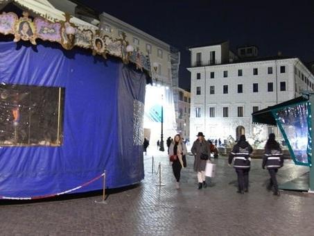 Piazza Navona, il pasticcio di Natale, la Procura alla Raggi: «Controlli tardivi»