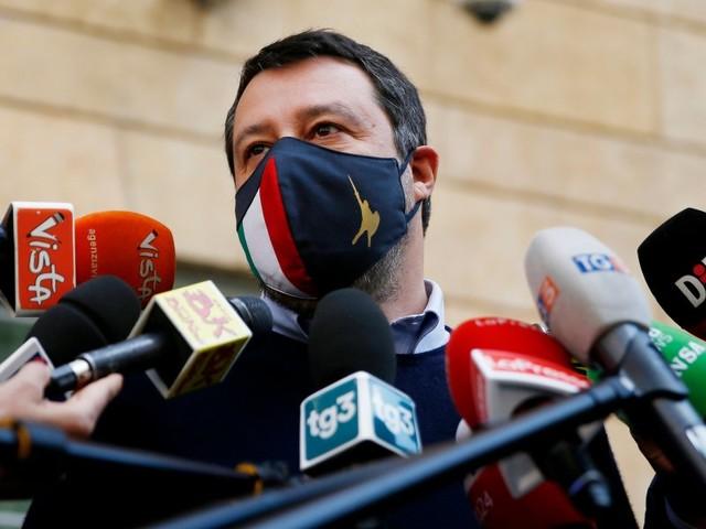 """Minacce morte a Salvini: """"ti squarterei, crepa!""""/ Lega: """"i dem che ascoltano Fedez…"""""""