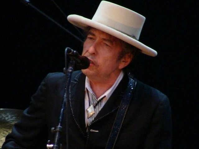 "Bob Dylan ricorda Tom Petty cantando ""Learning to fly"" - VIDEO"