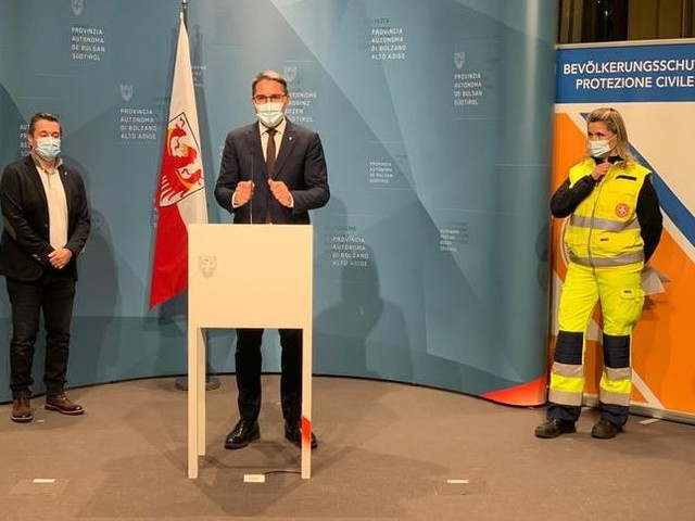 """Screening di massa in Sudtirolo obiettivo raggiunto, Kompatscher """"Rischiavamo 95 mila casi"""""""