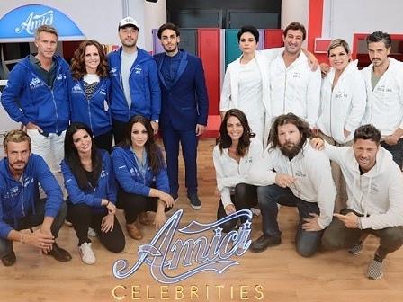 Amici Celebrities: sfida a squadre tra Blu e Bianchi