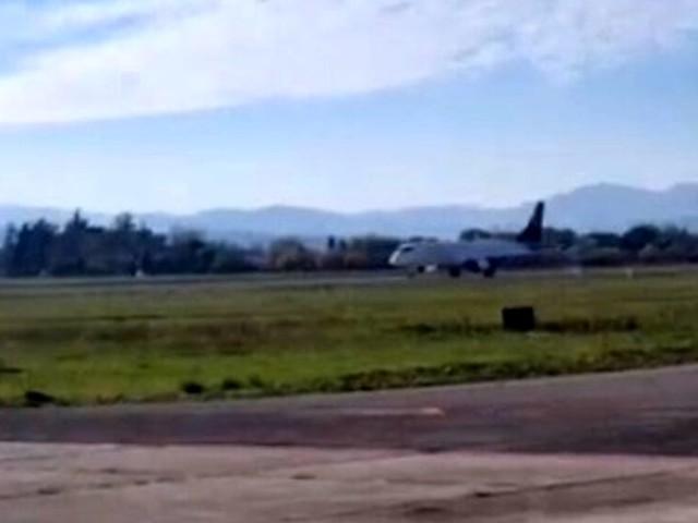 Touch and go all'aeroporto Ridolfi: prove tecniche per la compagnia Ego Airways