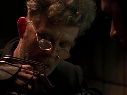 Dexter Fletcher dirige l'horror Renfield basato su un'idea di Robert Kirkman