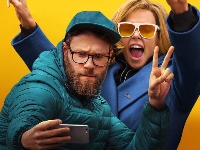 Non succede… ma se succede: il trailer italiano della commedia romantica con Charlize Theron e Seth Rogen
