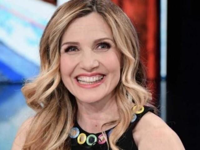 Lorella Cuccarini: chi è, età, marito, carriera, curiosità e vita privata