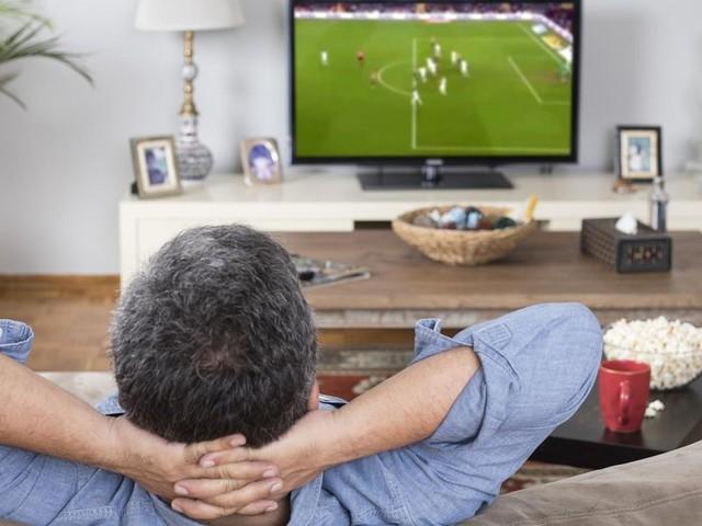 Streaming, pay e chiaro: vedere il calcio in tv sarà un incubo