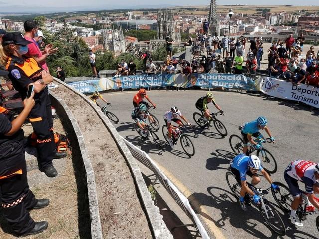 Ciclismo, coronavirus; Vuelta Burgos: contatti con persona positiva, tre colombiani si ritirano