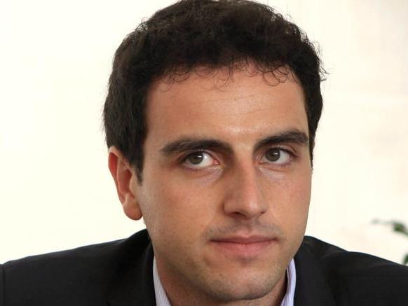 Laurea sparita. Rischio espulsione per Marco Valli, portavoce M5S alla Ue
