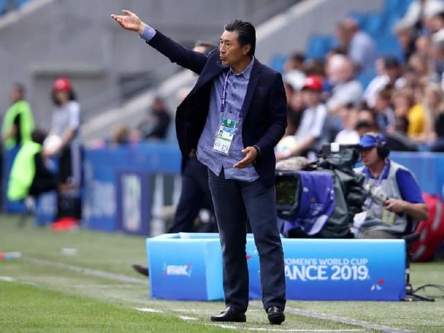 Jia Xiuquan: chi è l'allenatore della Cina femminile di calcio