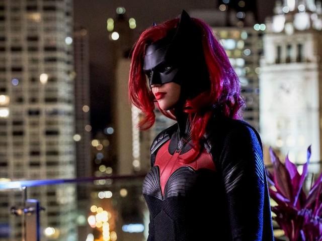 Batwoman chiude con una morte sconvolgente il suo 2019 in vista di Crisi sulle Terre Infinite (video)