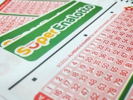 Superenalotto, ritirato il jackpot record: la schedina vincente di 209 milioni era stata acquistata a Lodi