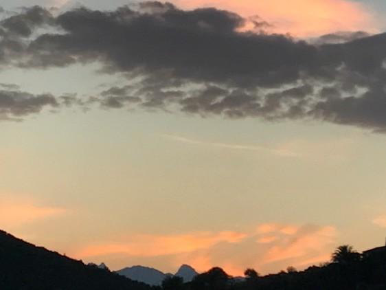 Estate italiana sul viale del tramonto